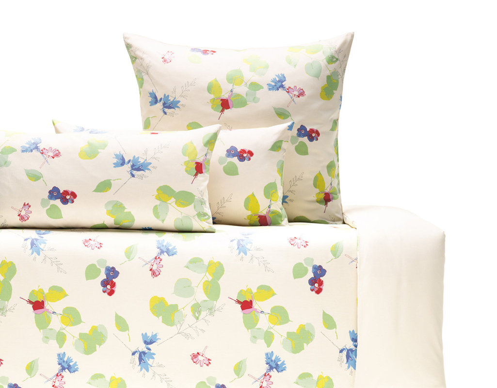 bio bettw sche satin mit blumenmotiv cotonea. Black Bedroom Furniture Sets. Home Design Ideas